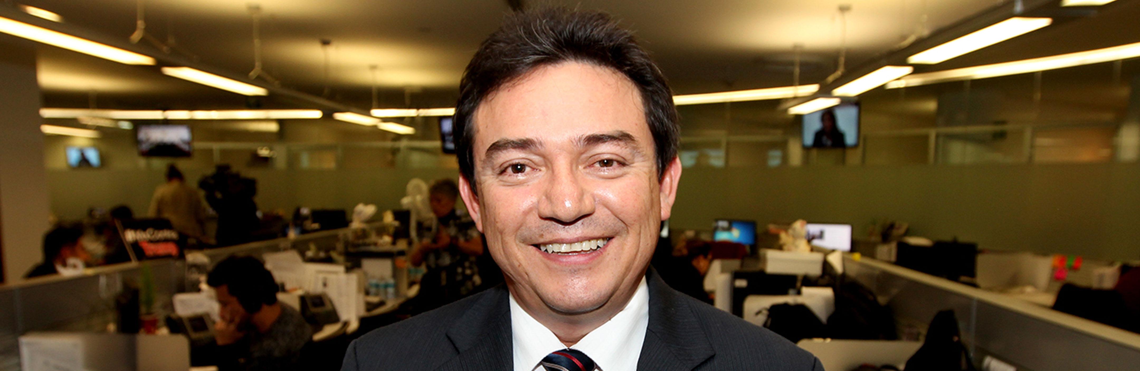 Daniel Ávila Ruiz- Contancia de salarios